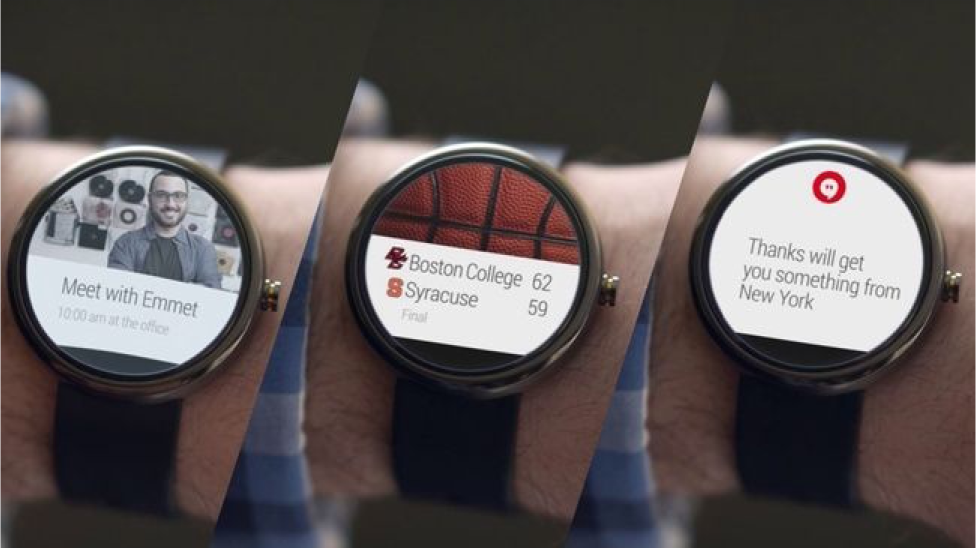 Examples of alerts and notifications on the Moto 360